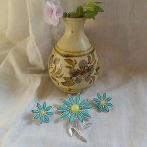 Turquoise Blue Flower Brooch & Clip-On Earrings